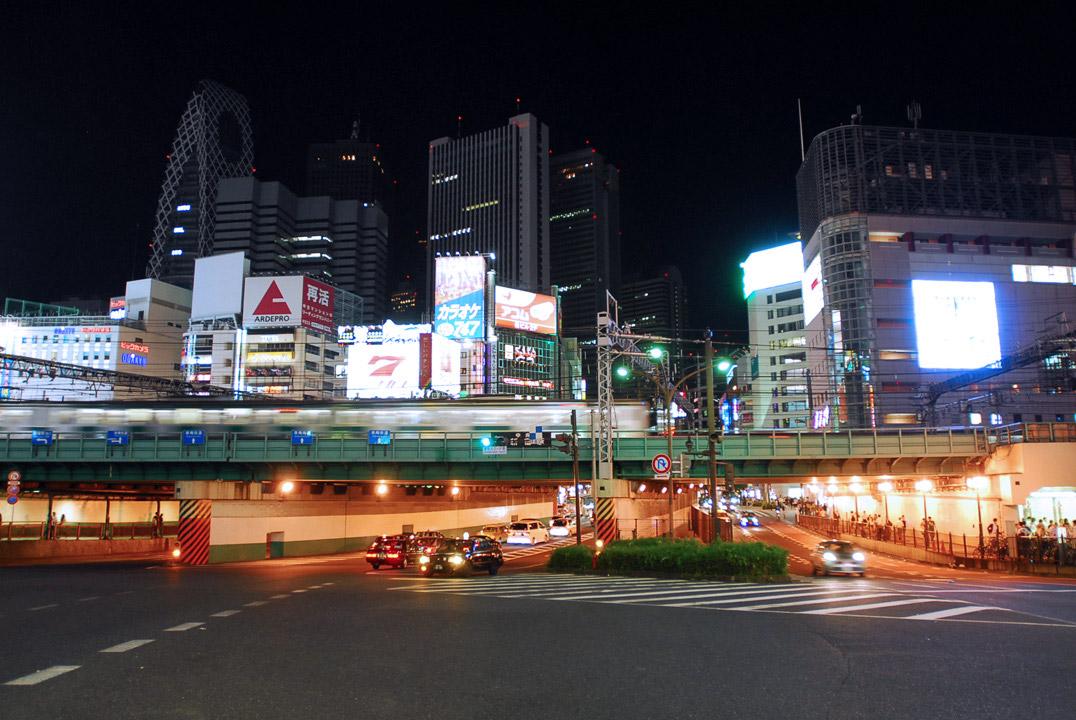 Tokyo Shinjuku time lapse